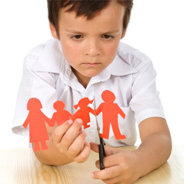impact of broken home on children The effects of broken homes on children are traumatic broken homes can cause children to question their self-worth, to experience unnecessary grief, guilt and/or confusion y oung children especially, have difficulty understanding the rationalities of their parents' decisions to divorce.